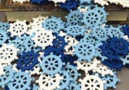 Drewniane stery okretowe, biale, blekitne i niebieskie - 1